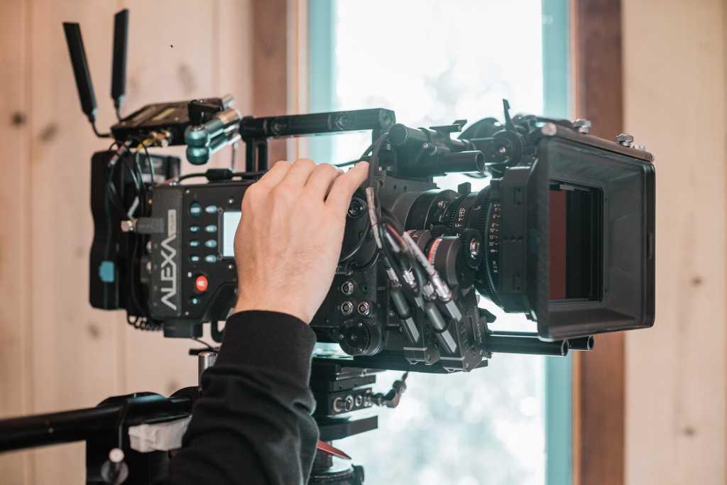 آموزش فیلم برداری,دوربین حرفه ای,تصویربرداری,