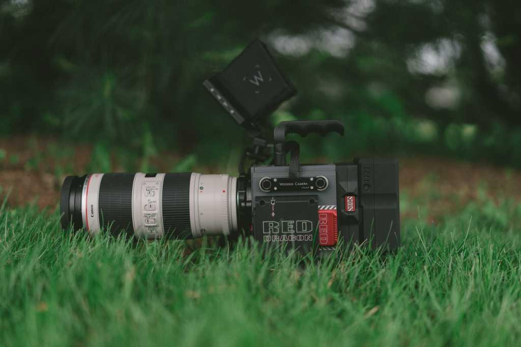 دوربین,دوربین فیلم برداری,دوربین حرفه ای,آموزش تصویربرداری,